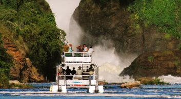 thins to do in Murchison falls NP boat cruise